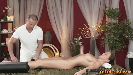 10 Min Hot Giving Massage Room With European Blonde Girl