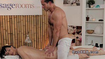 10 Min Tiny Babe Can't Stand No More And Fucks With Her Masseur